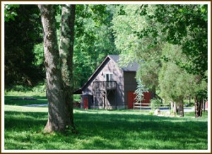 Butterfly Loft Cabin in the Spring at Shadow Mountain Escape Near Shenandoah National Park