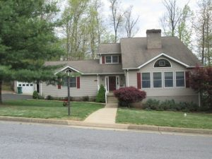 Forest Hills Subd. – Gorgeous Neighborhood in Luray